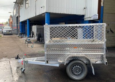 6x4 aluminum box trailer with cage (4)